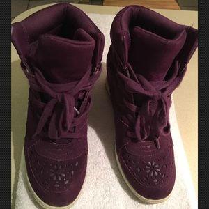 Vera wang wedges sneakers original